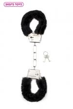Menottes fourrure Shots - noir - Paire de menottes fantaisie qui ferment comme des vraies pour jouer à s'attacher. En métal et fausse fourrure noire.