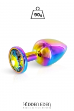 Plug bijou aluminium Rainbow M - Hidden Eden : Plug anal en aluminium effet arc-en-ciel d'une longueur de 8,1 cm et d'un diamètre moyen de 3,2 cm. Décoré d'un strass rond multicolore.